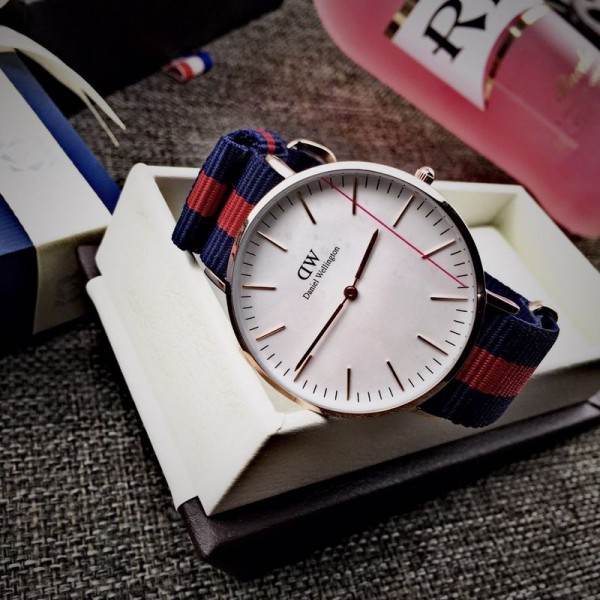 Daniel Wellington Couples Watch 0501DW Quartz Watch for Women