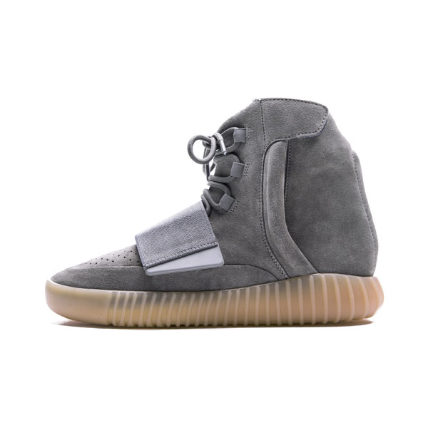 Kanye west x adidas yeezy 750 boost glow in the dark on feet men's casual shoes